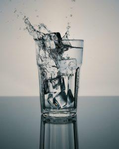 水分補給の重要性,水をたくさん飲む必要性